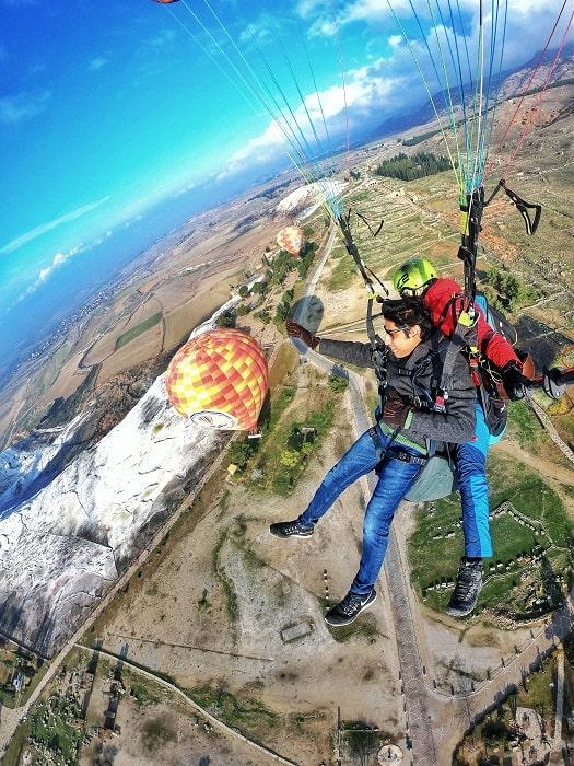 Paragliding Gleitschirmfliegen in Pamukkale