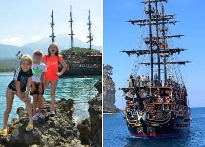 Bootsfahrt auf einem Piratenschiff in Antalya